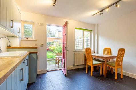Kingston Road, South Wimbledon, London, SW19. 4 bedroom house