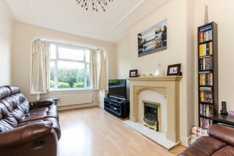 Hamilton Road, South Wimbledon, London, SW19. 3 bedroom end of terrace house