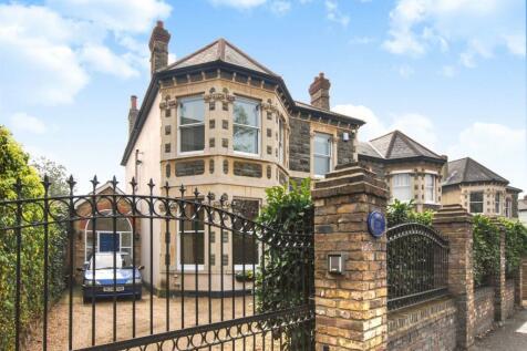 Kingston Road, Wimbledon, London, SW19. 5 bedroom house