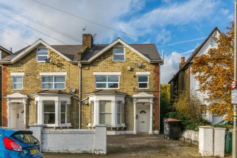 Culverden Road, Bedford Hill, London, SW12. 1 bedroom flat