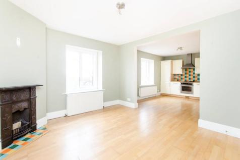 Thornton Avenue, Telford Park, London, SW2. 2 bedroom flat