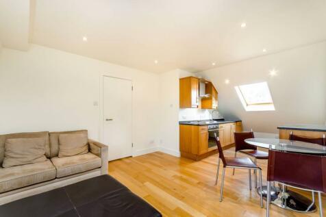 Carminia Road, Heaver Estate, London, SW17. 2 bedroom flat