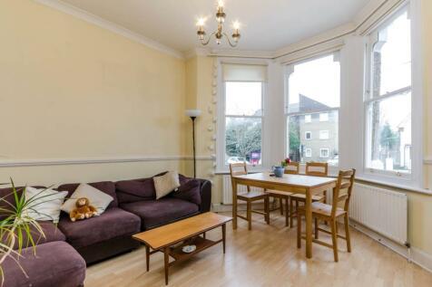 Culverden Road, Balham, London, SW12. 2 bedroom flat