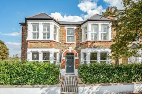 Brockley Rise London SE23. 4 bedroom semi-detached house for sale