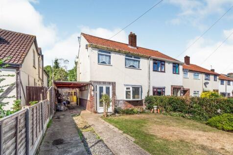 Hempstead Road, Hempstead, Gillingham. 3 bedroom semi-detached house