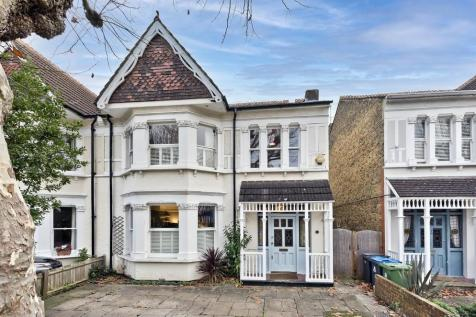 Victoria Avenue, Surbiton. 4 bedroom semi-detached house for sale