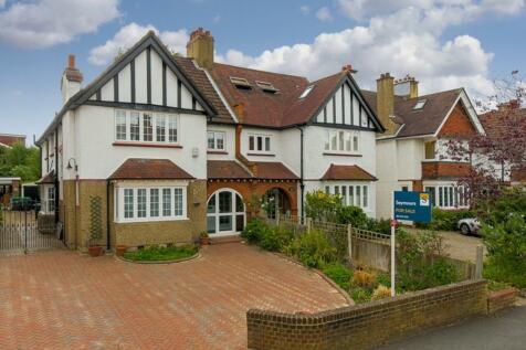 Cranes Drive, Surbiton. 4 bedroom semi-detached house
