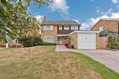 Cumbrae Gardens, Surbiton. 4 bedroom detached house