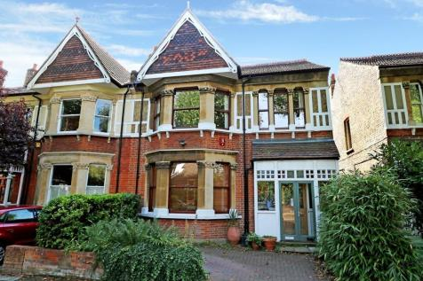 Victoria Avenue, Surbiton. 5 bedroom semi-detached house