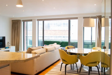Swan Court, Booths Place, London, W1T. 2 bedroom flat