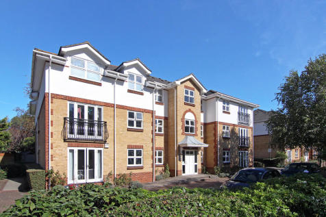 Rosebank Close, Teddington. 1 bedroom apartment