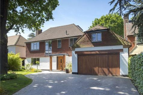 Golf Club Drive, Coombe Hill, KT2. 5 bedroom detached house for sale