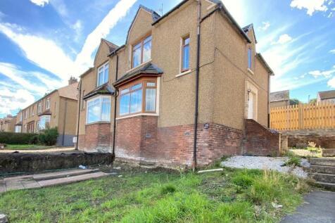 Balmoral Street, Falkirk, Stirlingshire, FK1. 3 bedroom semi-detached house