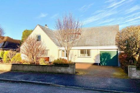 Baird Road, Alloway, Ayr. 4 bedroom detached house for sale