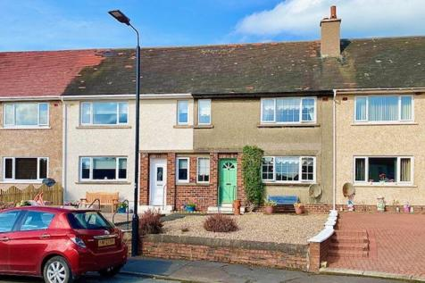 Carrick Drive, Crosshill. 4 bedroom terraced house