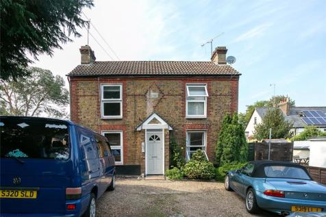 Weymouth Street, Hemel Hempstead, Hertfordshire, HP3. 1 bedroom end of terrace house