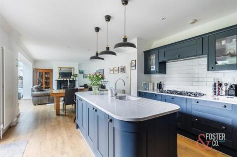Woodruff Avenue, Hove. 5 bedroom detached house for sale