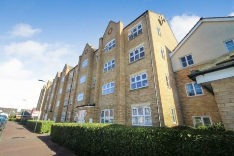 Crowe Road, Bedford. 2 bedroom flat
