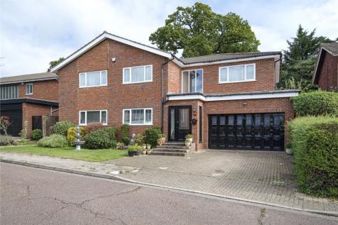 Templars Drive, Harrow, Middlesex, HA3. 4 bedroom detached house for sale