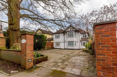 Brookshill, Harrow, Middlesex, HA3. 5 bedroom detached house for sale