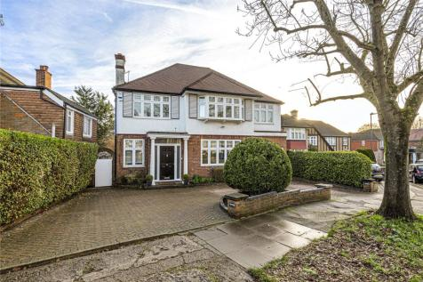 Pangbourne Drive, Stanmore, Midd, HA7. 5 bedroom detached house for sale