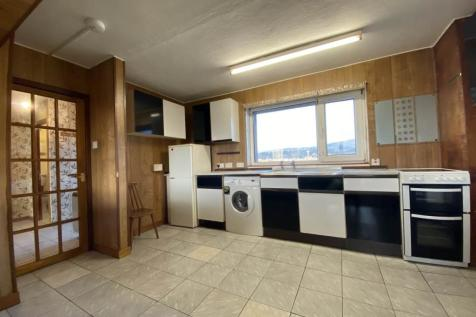 Pomarium Court, Perth,. 2 bedroom flat