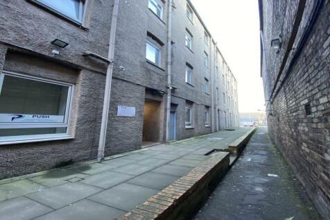 South Methven Street, ,. 2 bedroom flat
