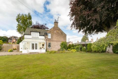 The Beeches, Perth Road, Stanley. 4 bedroom house