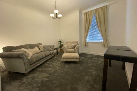 Leith Buildings, 23 Dunkeld Road, Perth. 2 bedroom ground floor flat