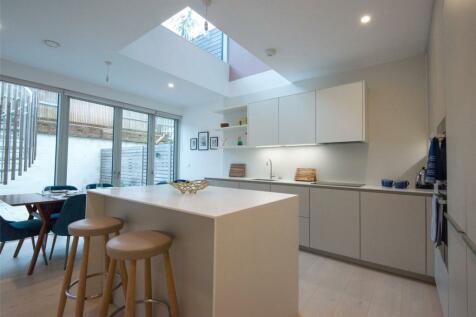 Gabriel Square, St. Albans, Hertfordshire. 4 bedroom house for sale