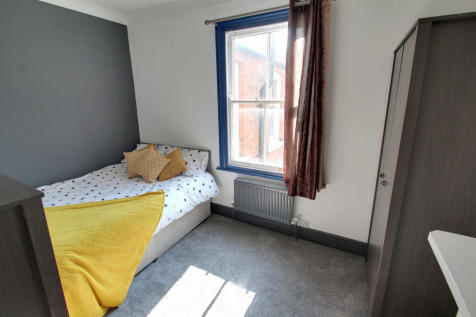 Stretton Road, Leicester. 1 bedroom house share