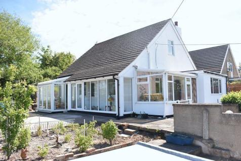 Gronant Hill, Gronant, Prestatyn, North Wales - Detached / 4 bedroom detached house for sale / £180,000