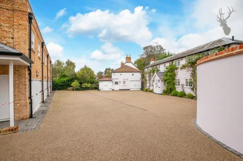 Manor Road, High Beech, Loughton. 5 bedroom manor house for sale