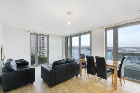 Waterside Heights, Royal Docks, E16. 2 bedroom apartment