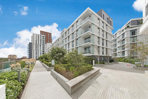 Bach House, Lambeth, SW8. 2 bedroom apartment