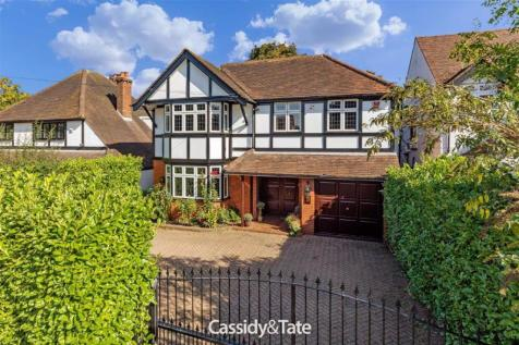 Watling Street, St. Albans, Hertfordshire. 4 bedroom detached house for sale