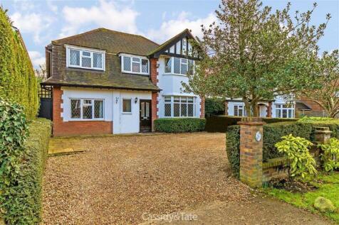 Sandpit Lane, St Albans, Hertfordshire. 5 bedroom detached house for sale