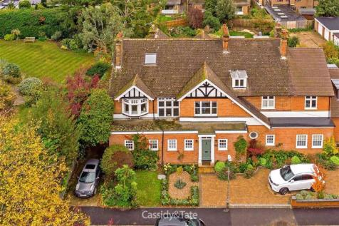 Battlefield Road, St. Albans, Hertfordshire. 4 bedroom semi-detached house for sale