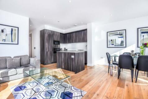 The Fulmar, Reminder Lane, Lower Riverside, Greenwich Peninsula, SE10. 3 bedroom apartment