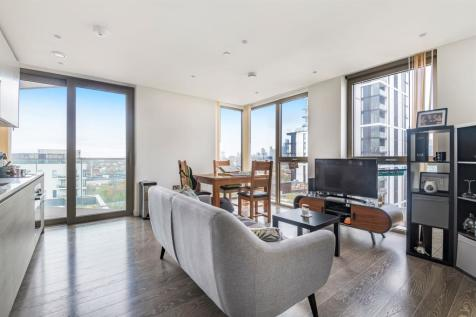 The Lighterman, Pilot Walk, Lower Riverside, Greenwich Peninsula, SE10. 1 bedroom apartment