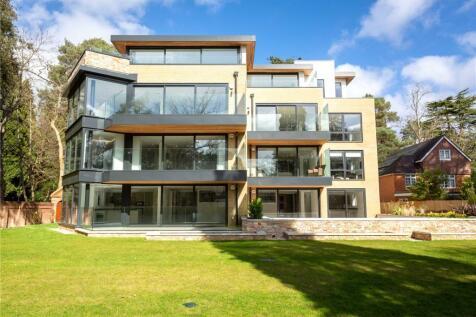 Balcombe Road, Branksome Park, Poole, BH13. 3 bedroom apartment