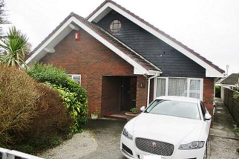 Ffordd Newydd, CF33. 3 bedroom detached house