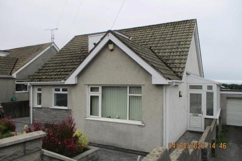 Danygraig Avenue, Porthcawl, South Glamorgan, Bridgend (County of), CF36. 3 bedroom detached bungalow