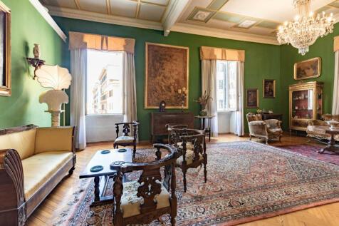 Lazio, Rome, Roma. 6 bedroom flat for sale