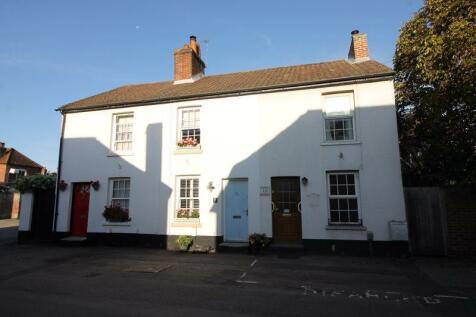 Mill Street, Titchfield. 2 bedroom terraced house