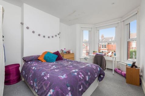 Ditchling Road, Brighton, East Sussex, BN1. 5 bedroom flat