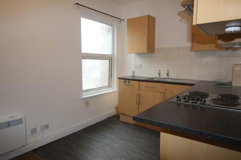 Northfield Street, Worcester. 1 bedroom apartment