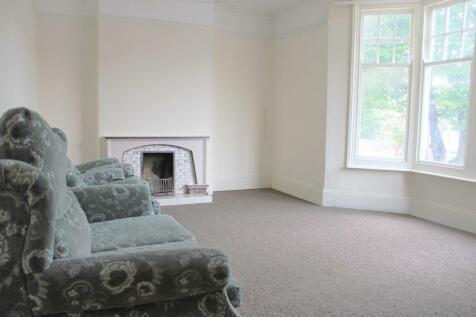 Preston Drove, BRIGHTON BN1. 3 bedroom flat