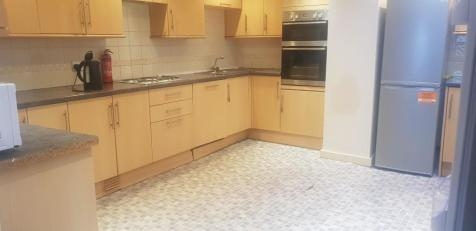 St Georges Terrace, BRIGHTON BN2. 6 bedroom house share