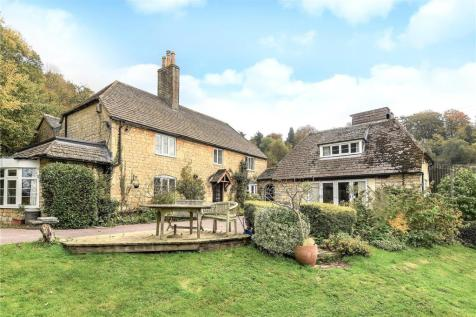Leckhampton Hill, Cheltenham, Gloucestershire, GL53. 5 bedroom detached house for sale